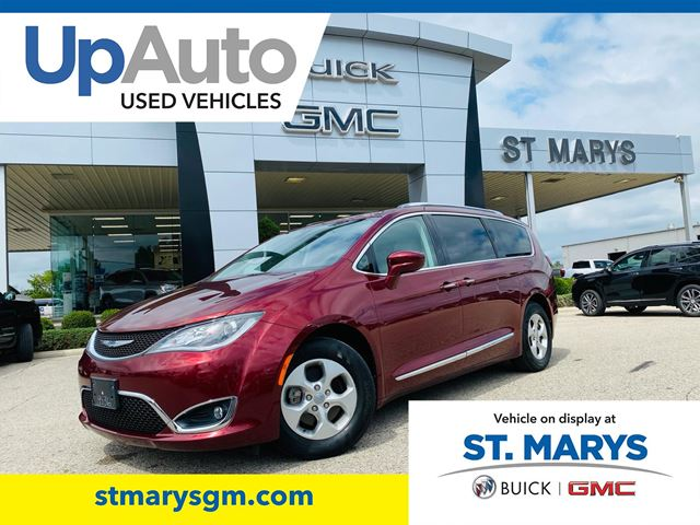 2017 Chrysler Pacifica Touring L Plus in