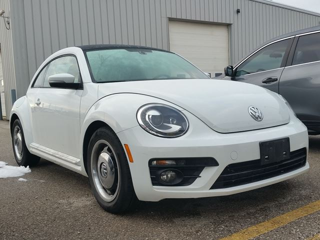 2017 Volkswagen New Beetle Coupe